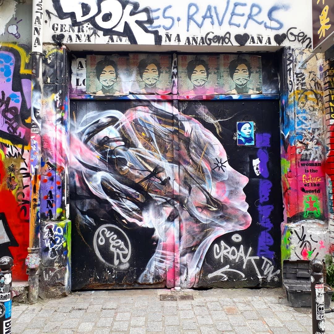 streetart oeuvre de l7matrix rue Desnoyez