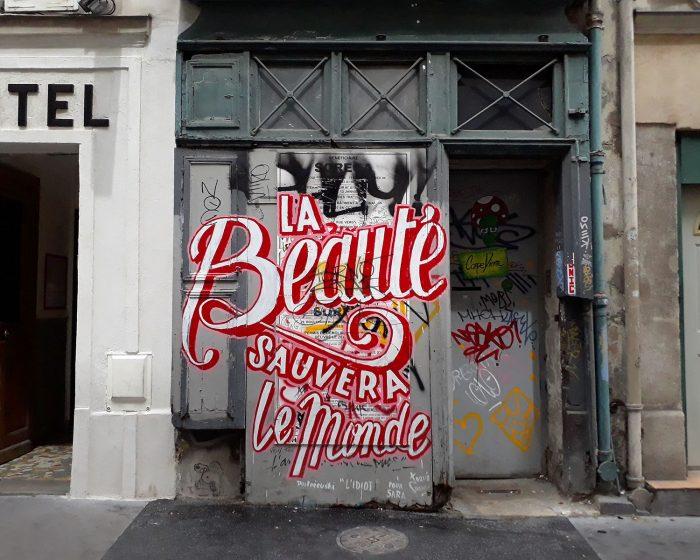 Street art a Montmartre Paris